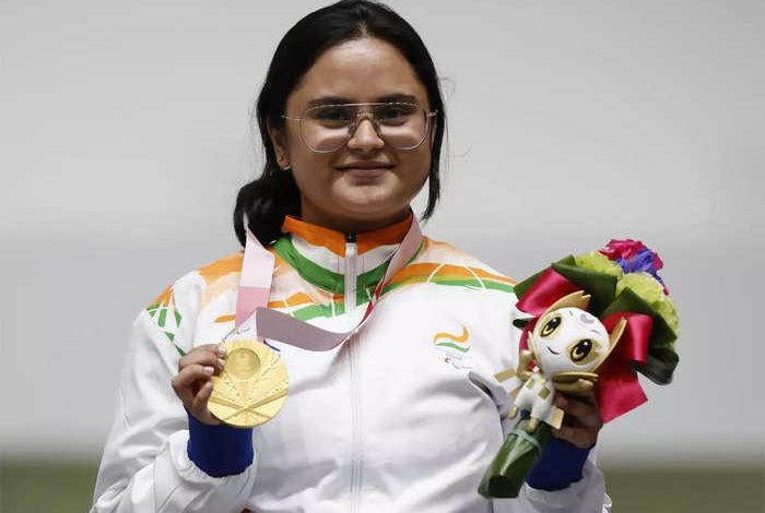 Photo of Bronze medal for Avani Lekhara makes her the first Indian woman to win two medals at the same Paralympics